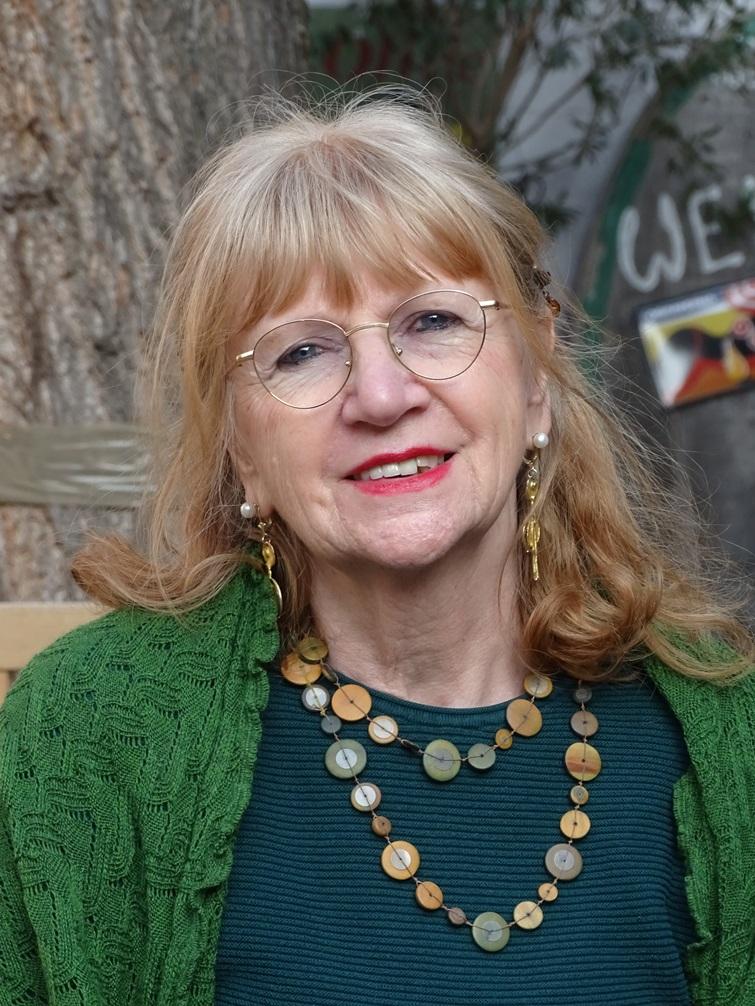 18 Angelica Kühnemund